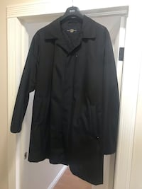 Waterproof jacket hardly used extra large can you please