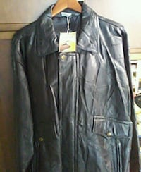 Mens Leather Coat  211 mi