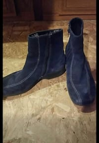 Size 8.5 Clarke Blue Suede Ankle Boots