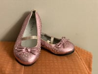 Girl shoes Fort Erie, L2A 4M8