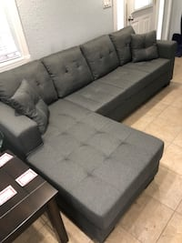 Free delivery grey linen fabric sectional  Guelph, N1E 1B3