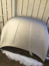 2009 Nissan rouge front parts  Calgary, T1Y