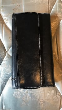 Black leather bi-fold wallet Vaughan, L4K 2K6