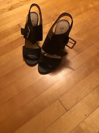 Black thick high heeled sandals Montreal