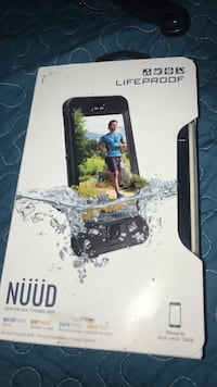 black Lifeproof Nuud phone case box Fresno, 93706