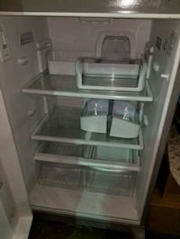 Stainless top-mount refrigerator London, N6A 5B5