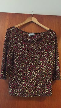 Ladies fancy top Vaughan, L4L 1A6