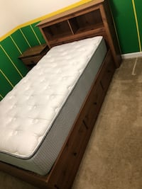 Twin bed with mattress  Yorkville, 60560