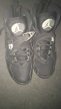 Black hightop sneakers size 8.5 men  Baltimore, 21215