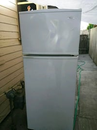 Whirpool fridge San Bernardino, 92410