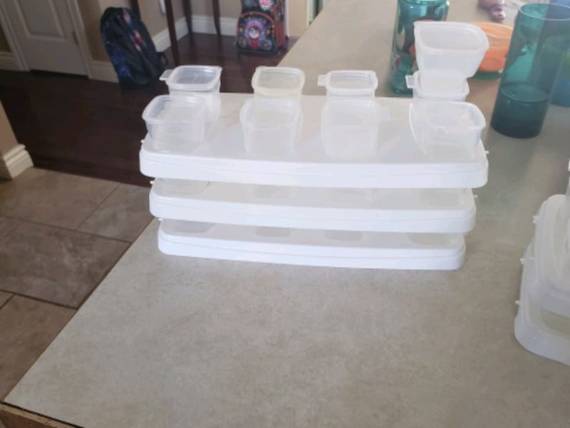 Freezing cubes for homemade baby pures bfbdd729-3b14-473a-ac8e-4228a372a8c9