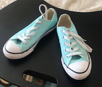 Kids converse sneakers New Westminster, V3M 5K5