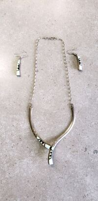 Vintage silver and opal necklace and earrings  Edmonton, T5E