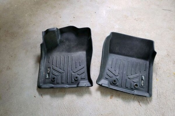 2018 Toyota tacoma all weather floor mats
