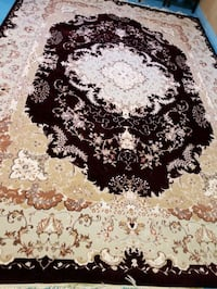 Beautiful Persian rug - great condition