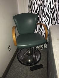 Styling chair!!