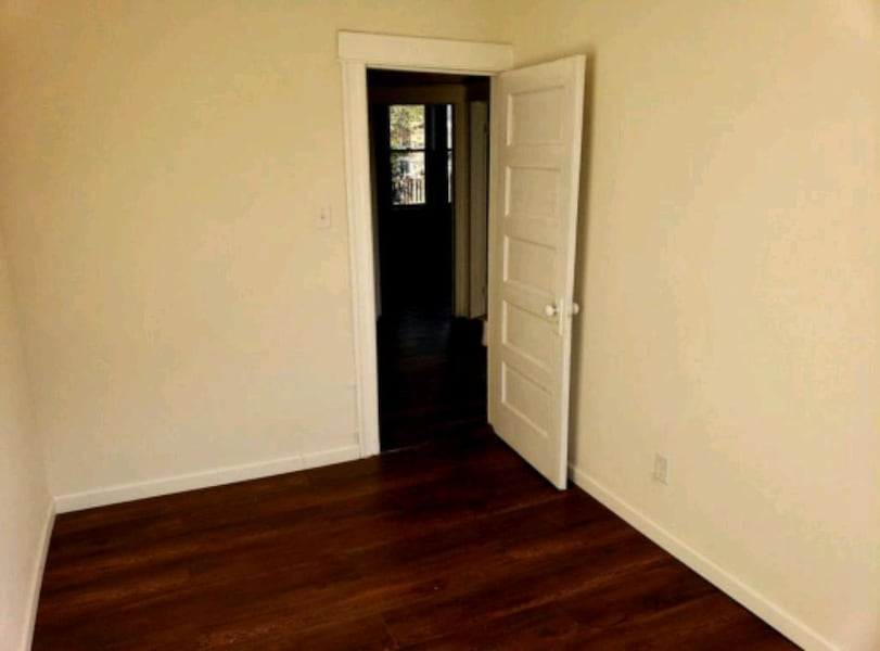 HOUSE For Rent 4+BR 2BA 7100eabd-2f70-47c8-8f2d-0fc11418d749