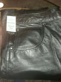 MOTORCYCLE LEATHER PANTS BY WILSON'S VINTAGE NEW  Providence