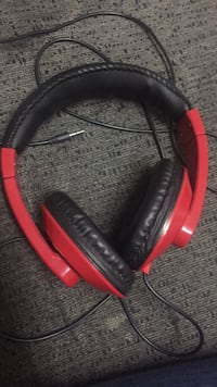 red and black wireless headphones Toronto, M4C 5G1