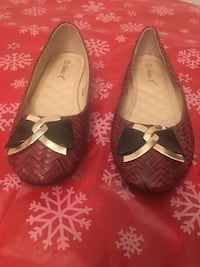 Women's Dress Shoes Size 81/2(Price Not Negotiable) Pick Up Only)! Summerville, 29486