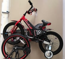 12 inch Boys Trek bike with training wheels
