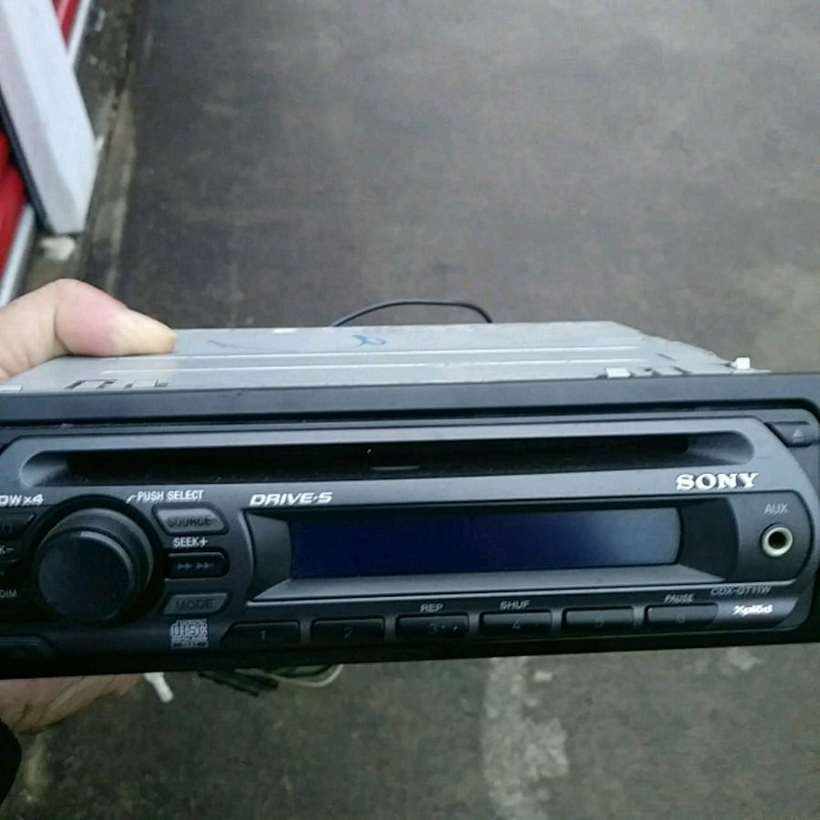 Sony detachable face cd player