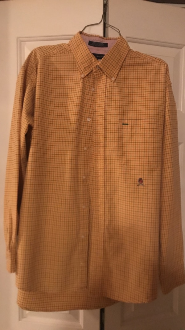 82847668 Used Mens yellow Tommy Hilfiger button up dress shirt and a Navy blue and  yellow plaid dress button up for sale in Richmond - letgo