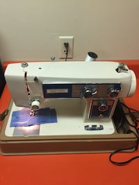 White and silver electric sewing machine Rustburg, 24588