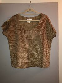 Priced to sell! Pretty & festive gold, shiny, sleeveless top 1X