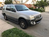 MERCURY MOUNTAINEER 4X4 FULLY LOADED North New Hyde Park