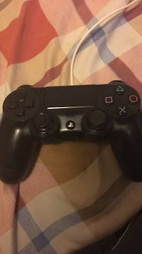 Game Console Controller Queens, 11429