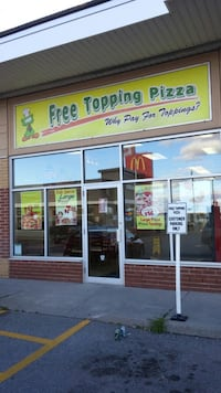 Pizza store in Port Perry Pickering, L0H