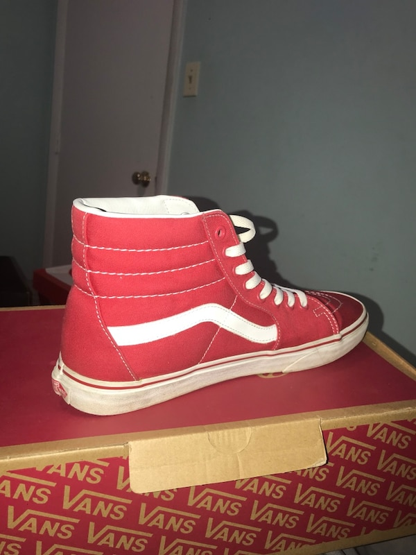 Used unpaired red-and-white Vans high-top sneaker with box for sale ... 9f469ff1d