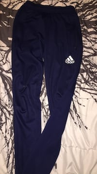 Size Small Adidas pants fits me perfectly and im 15! Surrey, V4N