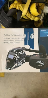 Welding helmet fresh air pack bran new 800 still in the box , T8C 1C5