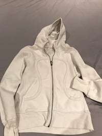 White zip-up hoodie Cambridge, N3C 3N1