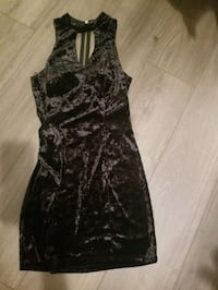 black mid dress size 7 with tan long sweater $ 9 for both Magna, 84044