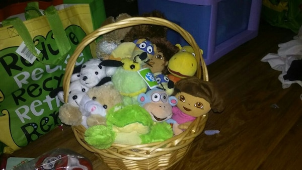 Stuffed animals all gently used and washed