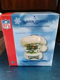 What are gloves limited edition collectible Eagles Philadelphia, 19136