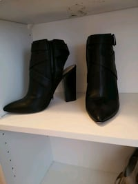 Shoes size 10 Kitchener, N2R 1R4
