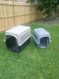 Large and medium to small dog cages pick up only Savannah
