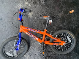 Mongoose Duster boys bicycle