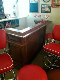 Beautiful bar for sale. Worth 900.00  Wentzville, 63385