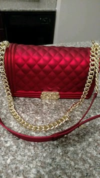 New handbag purse, red with gold chain