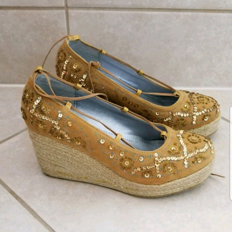 Ladies Wedge shoes size 7