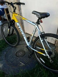 white and yellow Salcano hardtail mountain bike Alexandria, 22306
