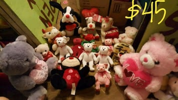 Lot of NEW plush animals see pictures
