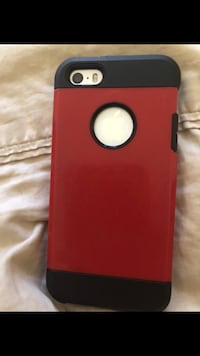 iPhone 4s come with charger n case ! New York, 11691