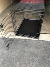 New xl dog kennel used twice  Apple Valley, 55124