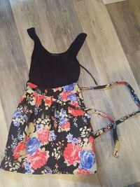 Dress size small Sioux Falls, 57105